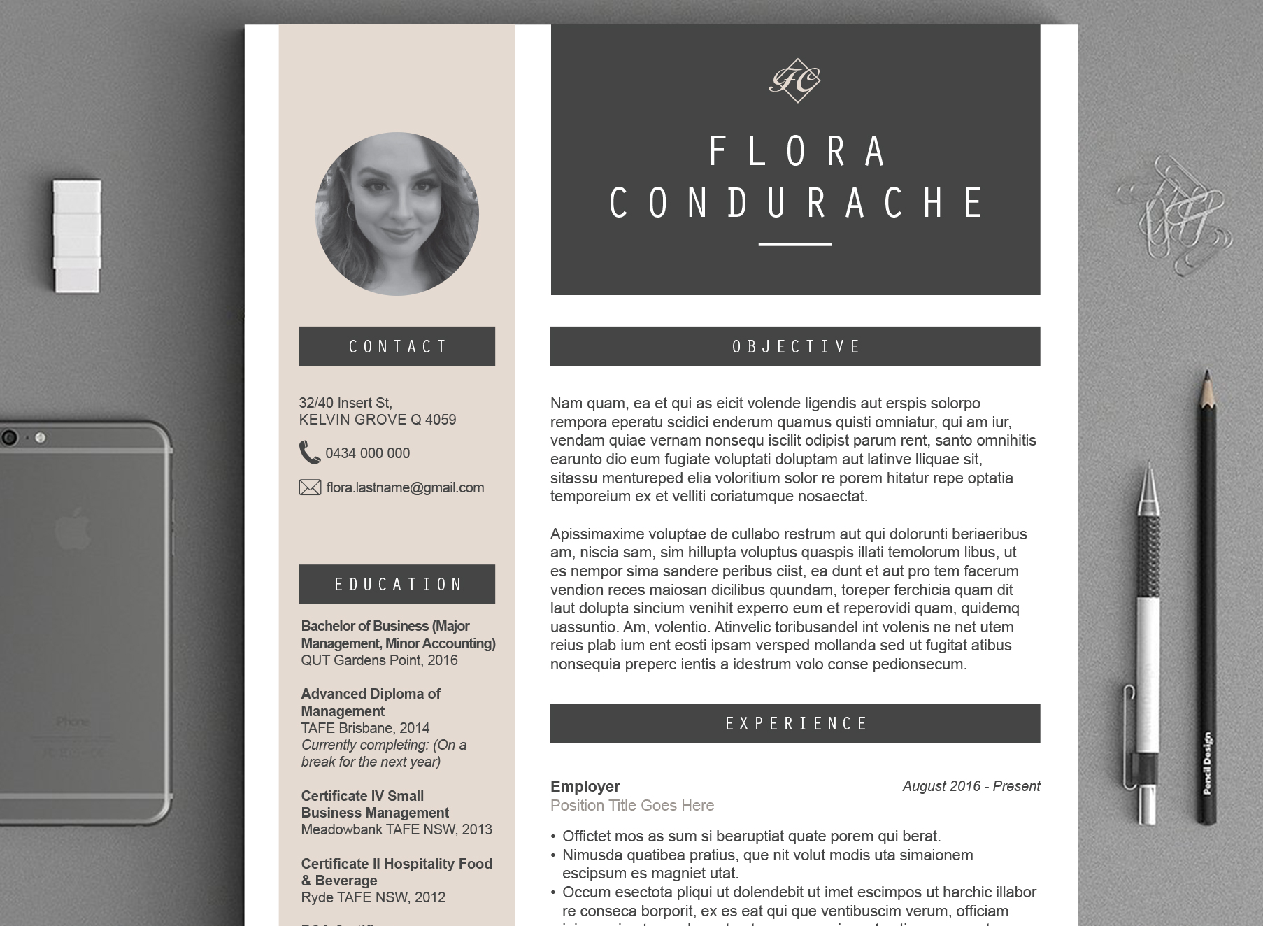 Floral CV Mockup - Folio Graphic Design